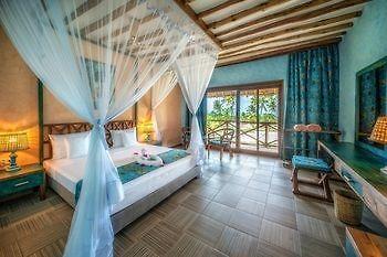 Tavolo Da Lavoro Per Zanzibar : Zanzibar queen
